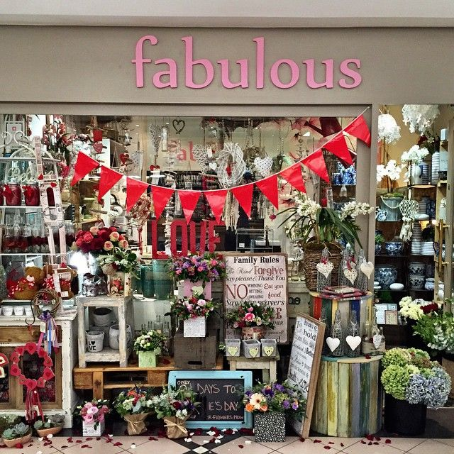 """Our lovely store. #fabulousflowers #cavendishsquare ORDER ONLINE www.fabulousflowers.co.za #flowershop #floraldesign #flowerpicoftheday…"""