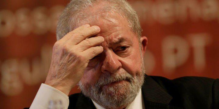 Medyascope ///  Brezilya eski Devlet Başkanı Lula, yolsuzluktan 9,5 yıl hapis cezasına çarptırıldı