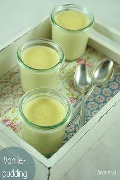 Jeder der in der Küche einen Thermomix stehen hat, hat wahrscheinlich schon einmal Vanillepudding gekocht. Der Geschmack von frischer Vanille – unschlagbar!
