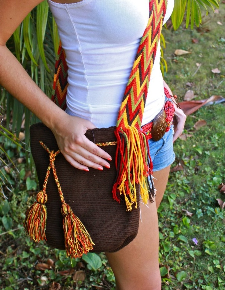 The Wayuu Mochilas available here are purchased directly from a group of indigenous Native Colombian women that weave them. They are entirely hand-made in the deserts of La Guajira, Colombia.