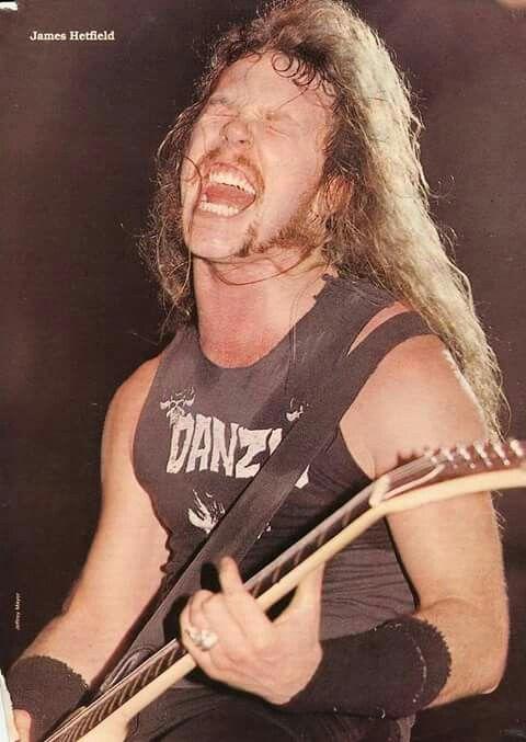 Épinglé par Julien Goupille sur Metallica | James hetfield ...