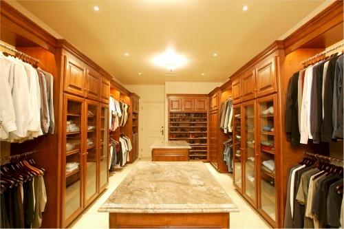 Happy suits: Closet Doors, Traditional Closet, Dream Closet, French Traditional, The Angel, Closet Design, House Idea, Dresses Rooms, Walks In Closet