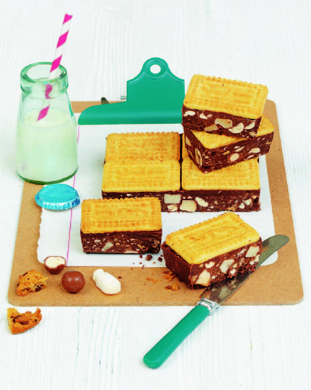 Indulge in a chocolatey craving with this sticky Malted Milk Tiffin Recipe by Frances Quinn, made with dark chocolate and maltesers. Read more