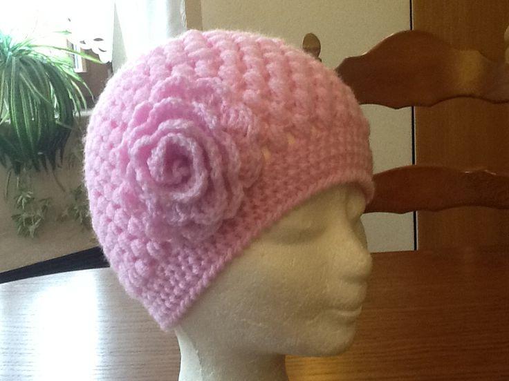 Hačkovaná dievčenská čiapka