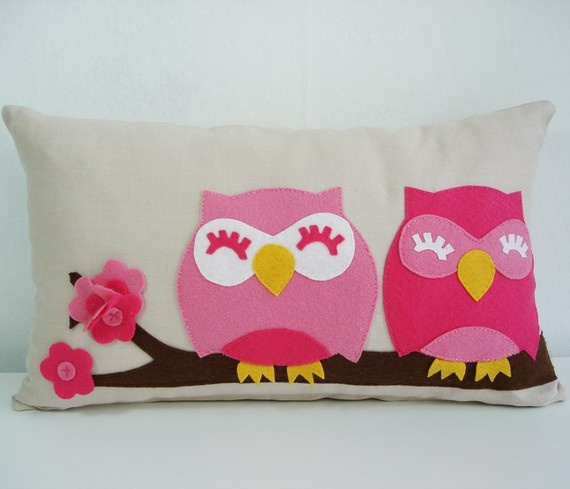 felt owl pillow... the perfect colors for Ainsley's room, don't you think so @Amy Lyons Adams Nelson?