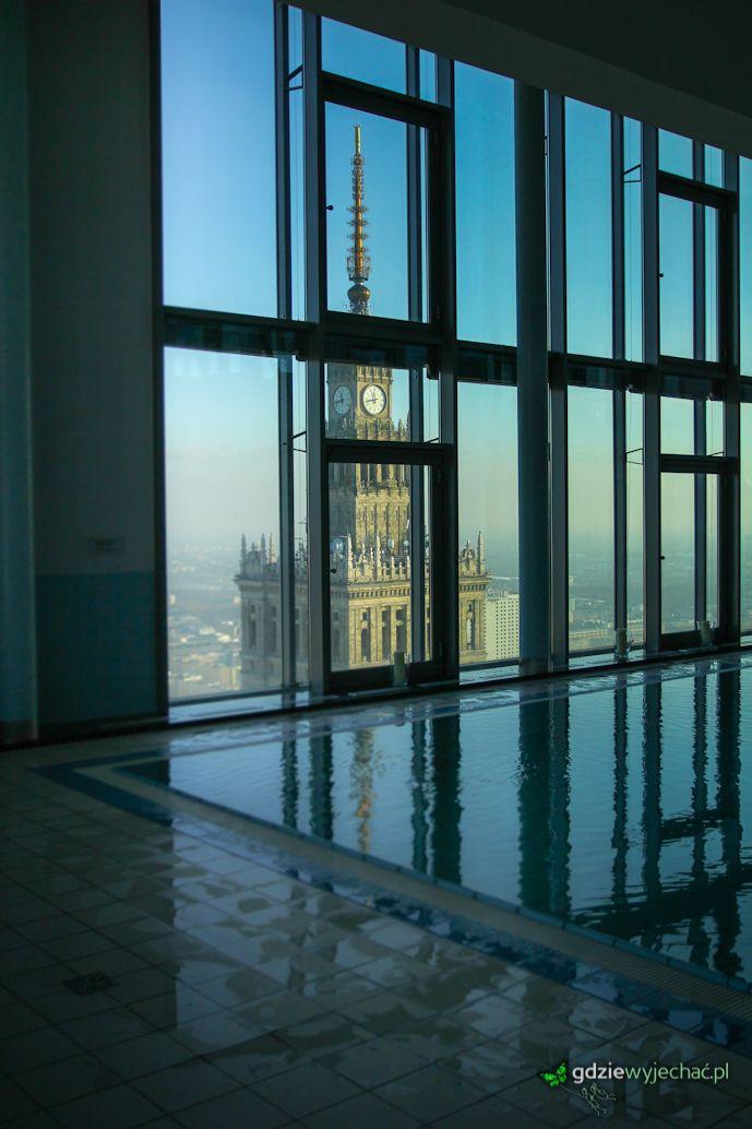 Intercontinental Warsaw - widok na Pałac Kultury. Byliśmy tu. ale czemu? http://gdziewyjechac.pl/24837/pryjedz-zakochaj-sie-w-warszawie-na-swieta-mowili.html