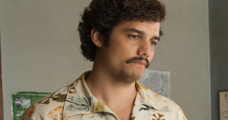 Narcos Season 3 Is Coming Even Though Pablo Escobar Is Dead -- Producer Eric Williams teases that there are several different stories they could examine in Season 3 of Narcos without Pablo Escobar. -- http://tvweb.com/narcos-season-3-pablo-escobar-cali-cartel/