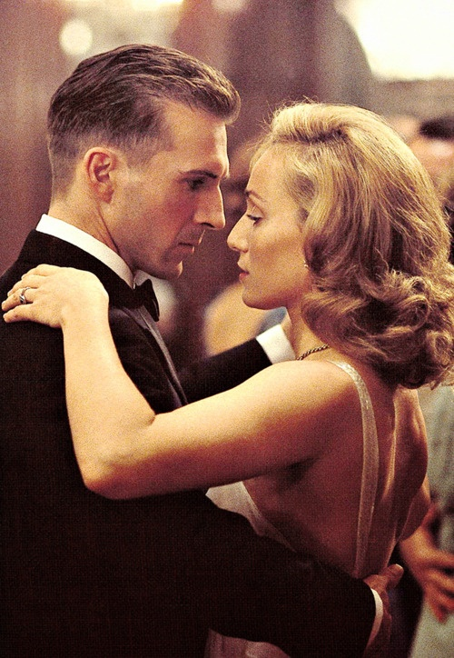 Ralph Fiennes and Kristin Scott Thomas as Laszlo and Katharine in The English Patient