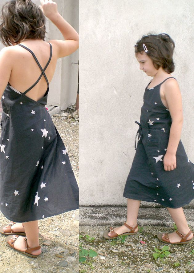 Image of kleinformat MAEDARE KID Schürzenkleid PDF Schnitt/pinafore dress PDF pattern