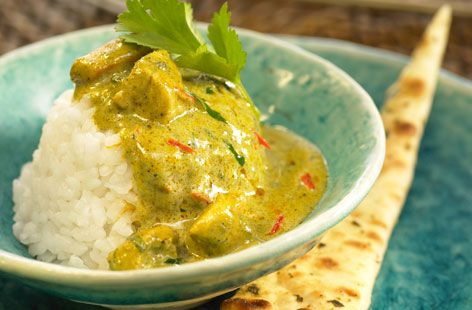 Chicken curry, mustard seeds and rice