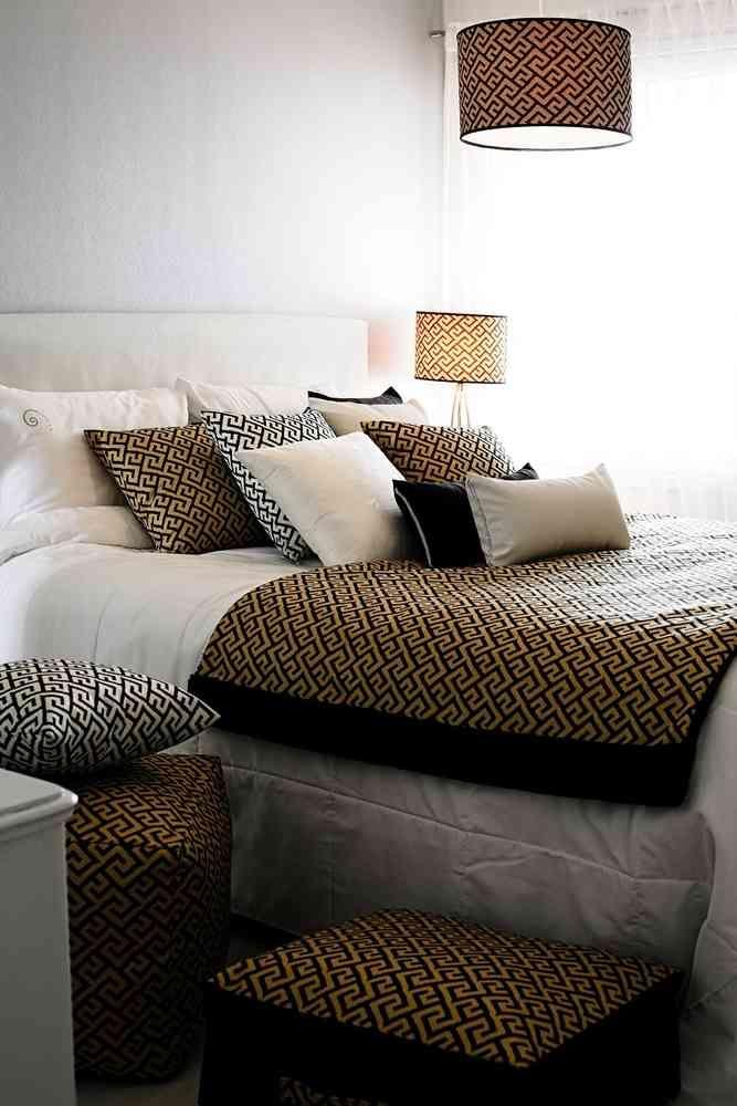 MILO torkku-/puolipeite kruunaa petauksen! Vai kaipaatko kaveria sohvalle? Tämä sopii myös sinne :) #lennol #sisustus #makuuhuone