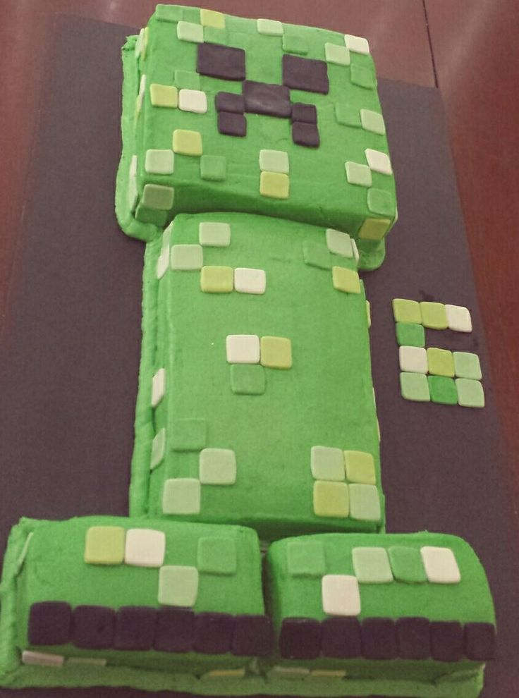 Minecraft creeper cake for my son's 6 th birthday.