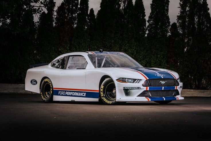 Nascar Mustang 2020