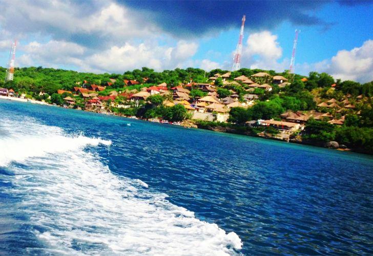 Nusa Lembongan Bali http://travelmoka.blogspot.com/2014/08/nusa-lembongan-bali.html