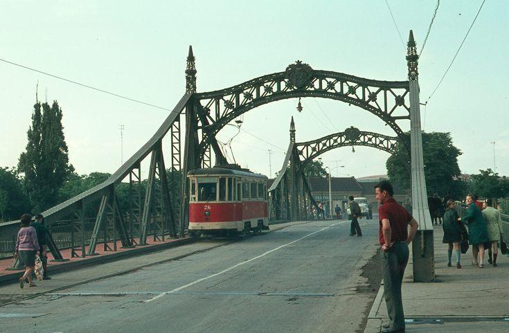 Calatoreste in timp prin Oradea | Oradea in imagini