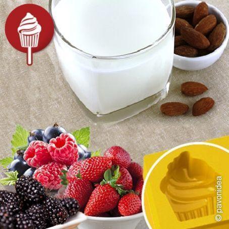 Gelati al latte di mandorle e frutti di bosco
