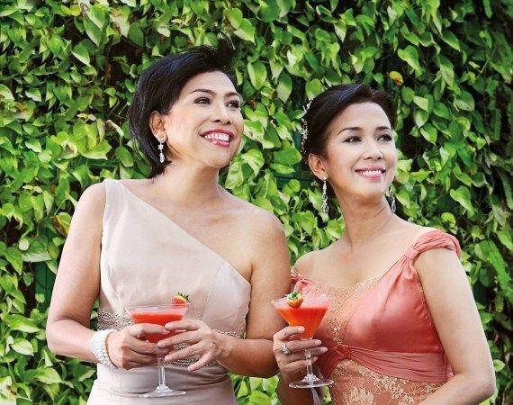 4 Tema Gaun Untuk Ibu Di Pernikahan Anda