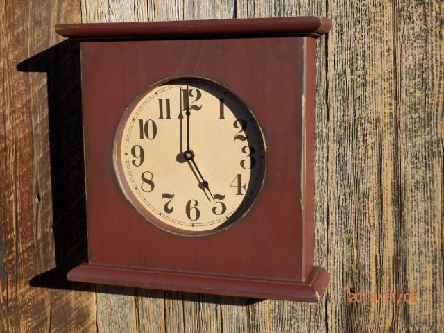 Primitive Mantel Clock by CountryThymeClocks on Etsy https://www.etsy.com/listing/166460878/primitive-mantel-clock