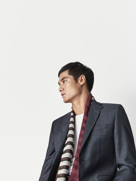 Los complementos de hombre AW 17 de Massimo Dutti, imprescindibles en su vestidor: bandoleras, relojes, gemelos, corbatas, pulseras, pajaritas y bufandas.