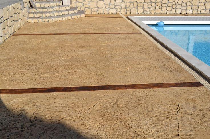 1000 id es sur le th me vieilles cl tures sur pinterest - Terrasse beton empreinte bois ...