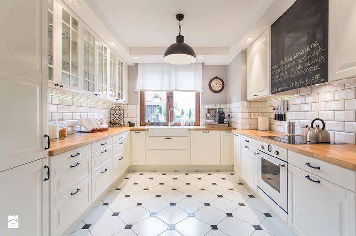 Dom nad Wisłą - Duża kuchnia w kształcie litery u w aneksie, styl skandynawski - zdjęcie od emDesign home & decoration