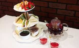 Up to 54% Off Tea and Fondue at Snowflake Cafe and Bakery