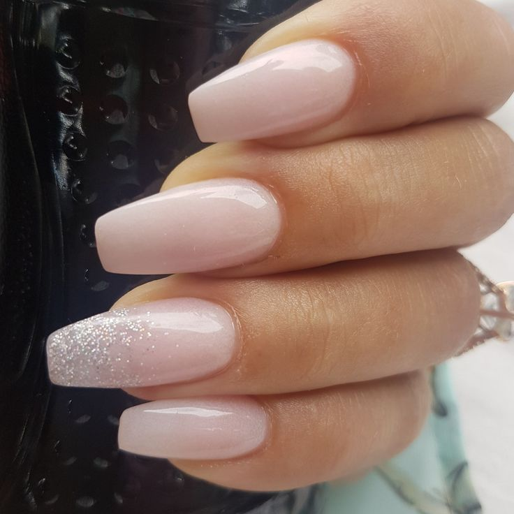 CashmereCulture Fashion und Beauty Ombré Glitter Akzent Nagel Frühling Sommer 2018