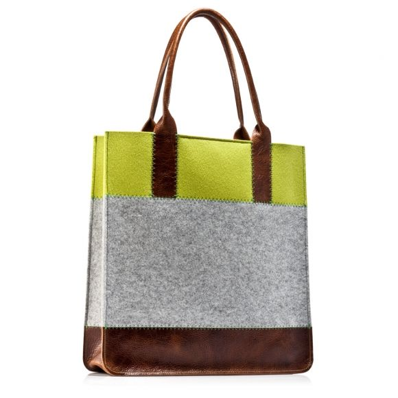 What a fun bag...maybe I can figure out how to sew one myself.... Jaunt tote grey/pistachio | Graf & Lantz