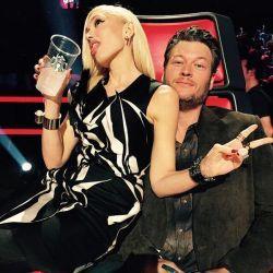 Após confirmação de namoro, Gwen Stefani e Blake Shelton escrevem música country juntos #Música, #TheVoice http://popzone.tv/2015/11/apos-confirmacao-de-namoro-gwen-stefani-e-blake-shelton-escrevem-musica-country-juntos/