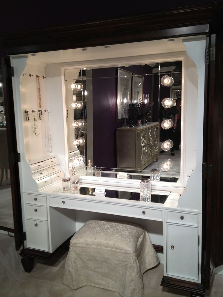 Furniture, Black Makeup Table With Lighted Mirror And Small Fabric Bench: Show Perfect Beauty in Maximum Way by Using Makeup Vanity Table with Light