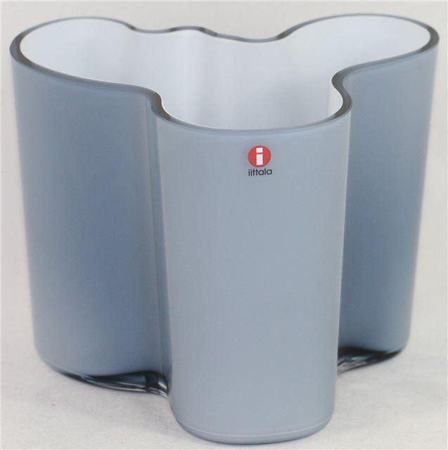Iittala-Alvar-Aalto-Vase-Limited-Edition