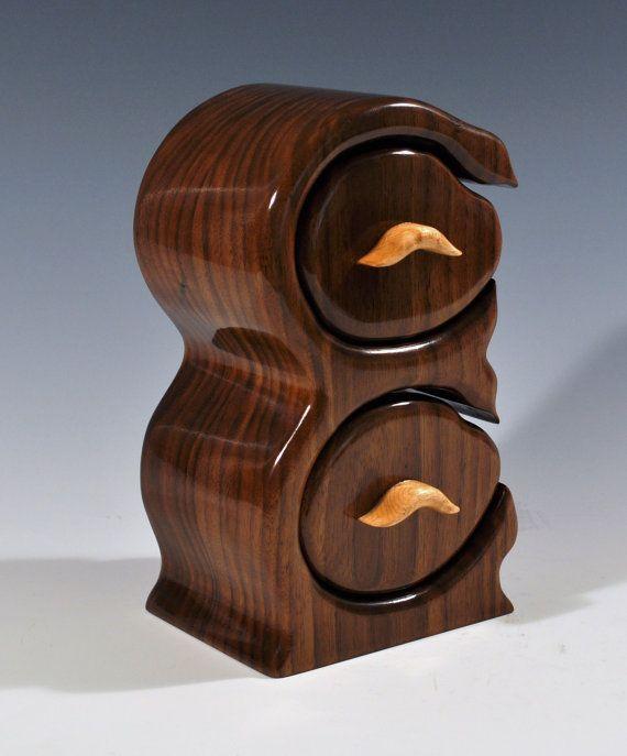 Walnut jewelry or trinket bandsaw box by SilverfoxWoodStudio, $245.00