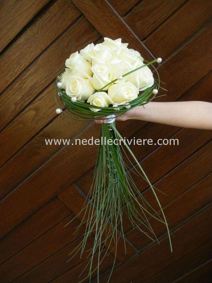 bouquet de mariée original avec poignée en bergrass