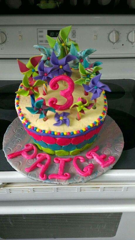 Pin wheel cake