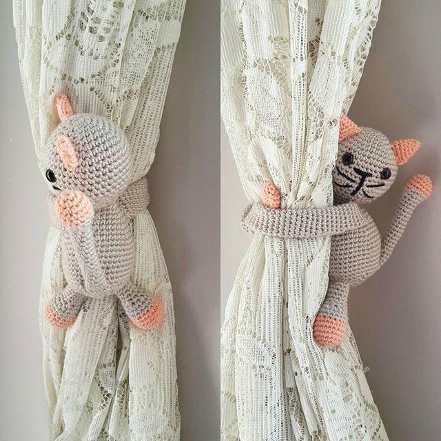 😍😍😍😍😻#cat #kedi #amigurumi #amigurumioyuncak #oyuncak #bebek #orgu #tigisi #flzgkbyrk #knitting #knit #yarn #nakosaten #gazzal #baby #cotton #perdetutucu #love