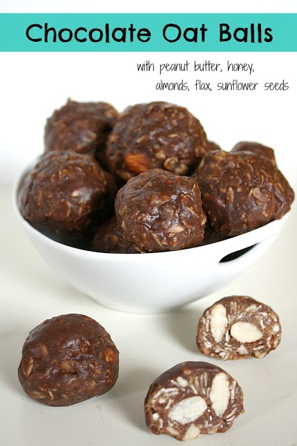Chocolate Oat Balls with peanut butter, honey, almonds, flax, sunflower seeds. An awesome healthy treat!