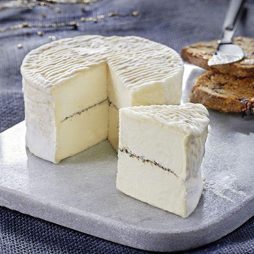 Fromage de Noël - Triple crème au Brillat-Savarin - Carrefour Traiteur