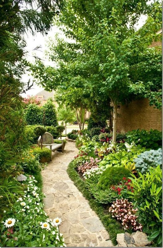 "gardeninglovers: ""Mixed height planting, green edge planting, lush and pretty planting """