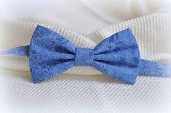 Wedding pretied bow tie  Groom pretied bow tie  by WingedBowTies, €20.00