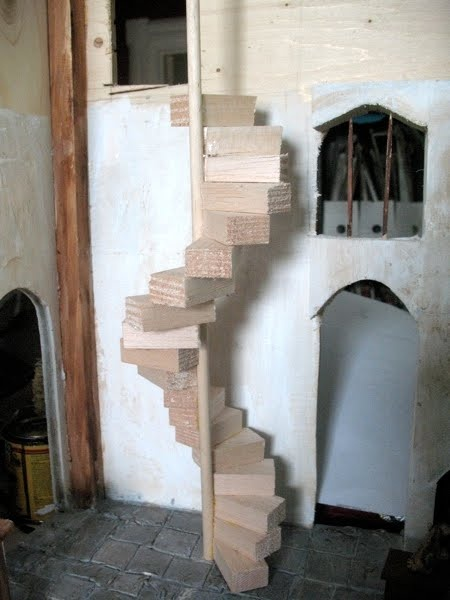 The Tudor / Medieval / Jacobean / Queen Anne Dollhouse Project: Spiral  Stairs And Other