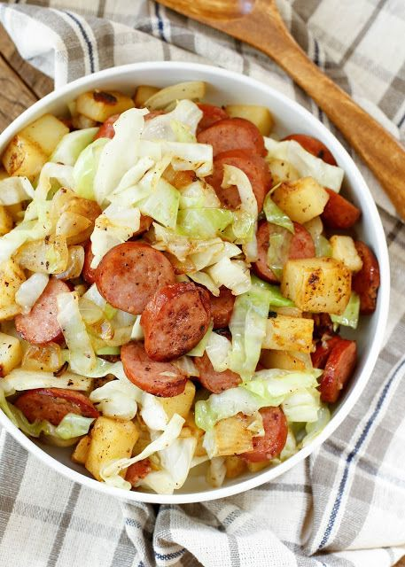 {20 Minute} Kielbasa Cabbage Potato Skillet is a lightning fast dinner that the whole familiy will love! get the recipe at barefeetinthekitchen.com