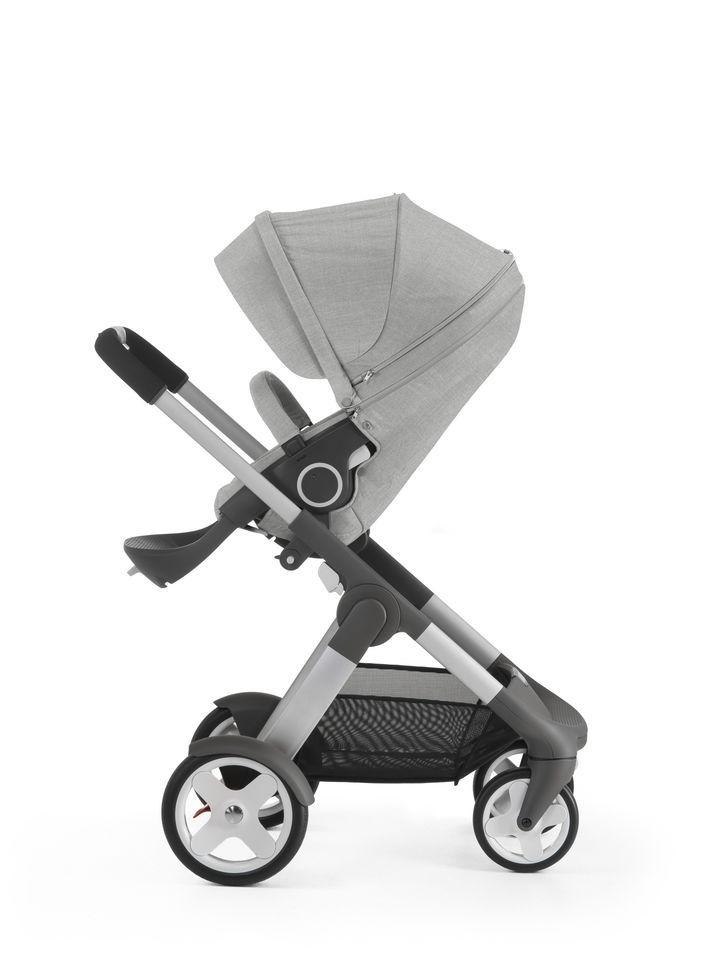 Stokke® Crusi™ with Stokke® Stroller Seat, Grey Melange.