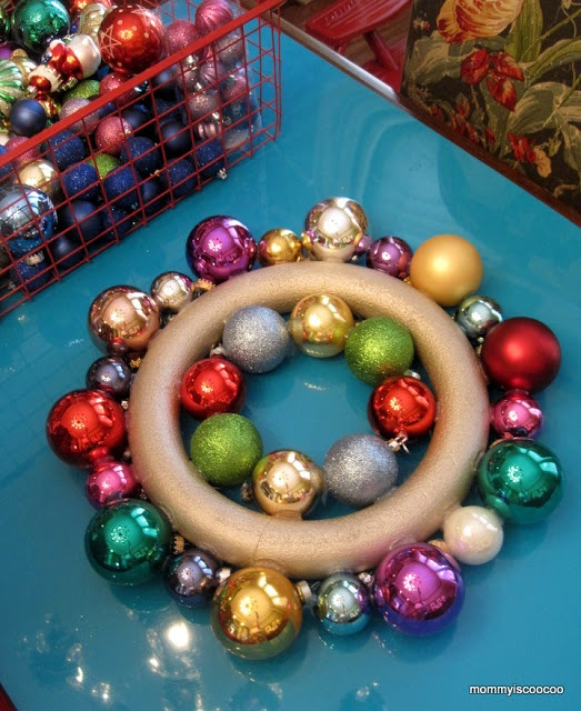 DIY instructions for an ornament wreath.