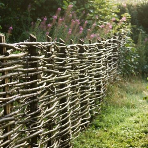 Icon of the English cottage garden: woven fences are as versatile and ecological as they are romantic. #GDhardscaping #fences by Nick and Bella Ivins of @walnuts_farms.