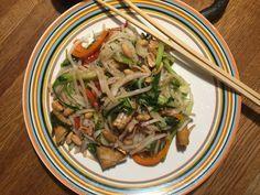 Vietnamesisk Nudelsallad | Jävligt gott - en blogg om vegetarisk mat och vegetariska recept för alla, lagad enkelt och jävligt gott.