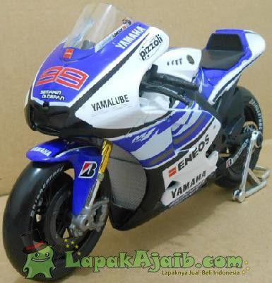 Diecast Yamaha GP 2012 Lorenzo