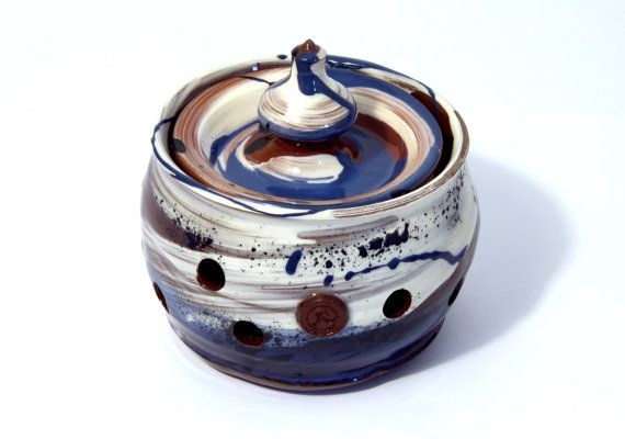 Garlic Jar. Colourful handmade ceramic garlic by WigwamCeramics, £45.00