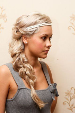 curly braid with headband and side braid hairstyle