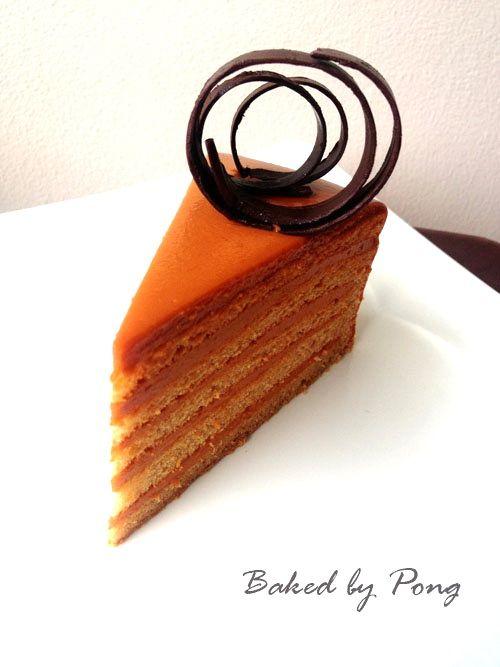 Bloggang.com : : Thai Tea Cake (เค้กชาไทย) she did many layers, awesome