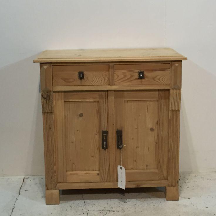 Charming Little Old Pine Bedside Cupboard (T6603B)